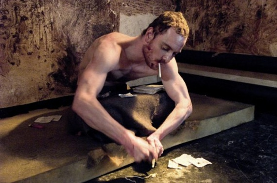 IRA-fange Bobby Sand (Michael Fassbender) inden hans 66 dage lange sultestrejke...</p>