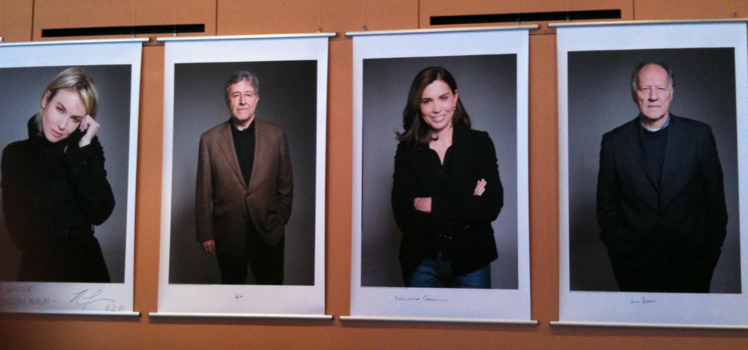 Juryen til Berlinale - med Renée Zellweger til yderst venstre og Werner Herzog til yderst højre