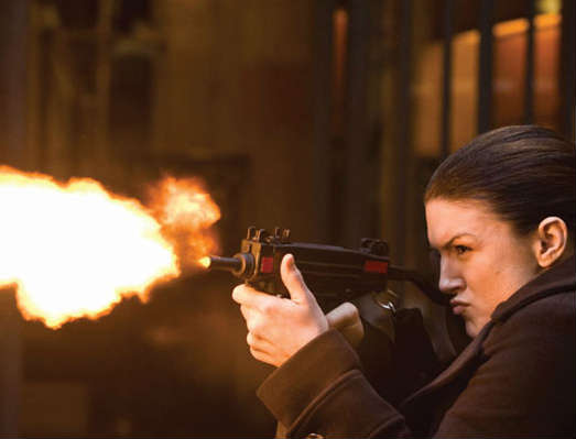 Gina Carano i rollen som lejemorderen  Mallory Kane. Photo Courtesy of Nordisk Film