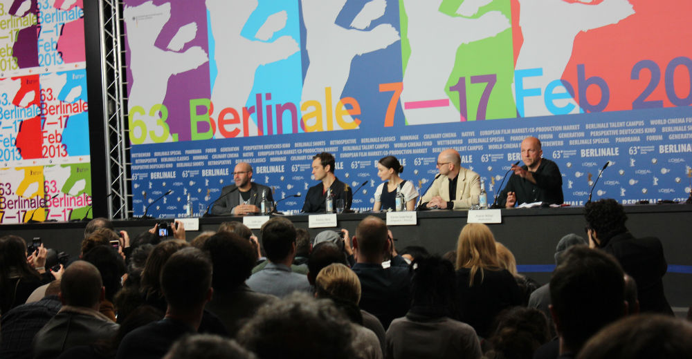 Manuskriptforfatter Scott Z. Burns, Jude Law, Rooney Mara, Jude Law og  Steven Soderbergh til pressekonference på Side Effects. Filmen premierer i Danmark 2. maj (vi så den i dag).